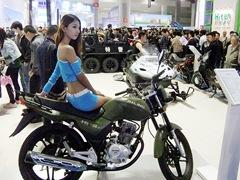 軍用バイクアピール(後は水陸両用車)